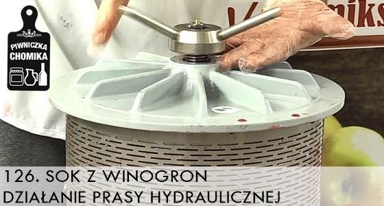 Sok z winogron z prasy hydraulicznej