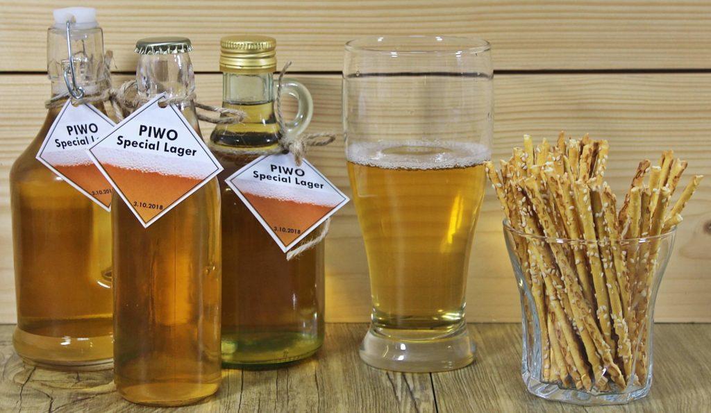 Domowe piwo jest łatwe w przygotowaniu dzięki zastosowaniu gotowych mieszanek słodowych.